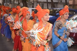 Sriram Mantri Granth Dindi Yatra  Spearheaded by Uma Rege Gurpreet Kaur Chaddha Was The Guest Of Honor