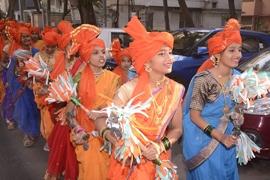 Sriram Mantri Granth Dindi Yatra  Spearheaded by Uma Rege Gurpreet Kaur Chaddha Was The Guest Of Honor