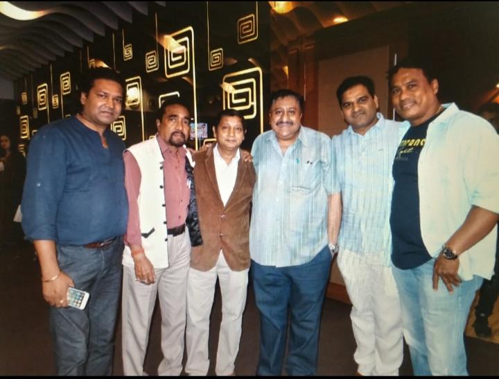 DIRECTOR LAXMAN SINGH AND PRODUCER AITWARI SINGH'S AMBITIOUS VENTRE KADKE KAMAL KE IS A FABULOUS FILM SHOT IN INDIA AND NEPAL