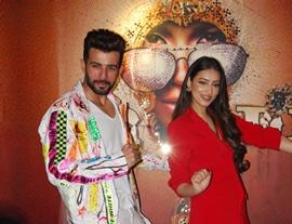 Jay Bhanushali And  Chandni Song Jaguar Wali Kudi  Launched