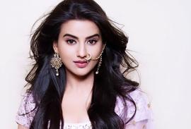 Akshara Singh's Song Ek Lakh Ka Lehnga Rocked YouTube During  Lockdown