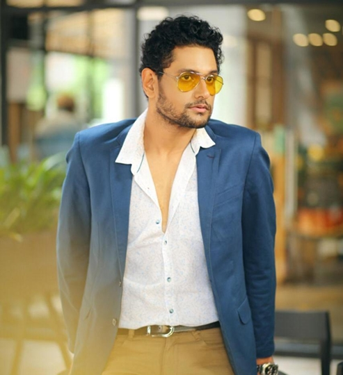 Taking Baby Steps Towards Bollywood – Actor Aniruddh Roy